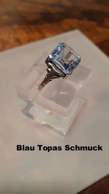 Blautopasschmuck