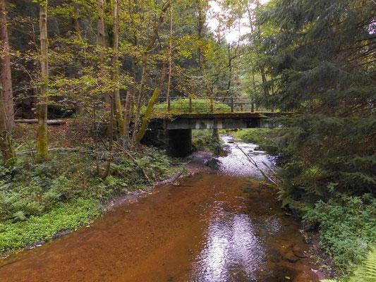 Brücke Grenzübergang Hinterhermsdorf - Khaatal