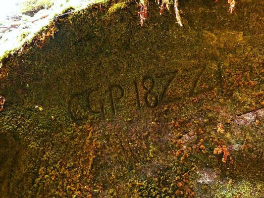 """Alte Inschrift """"CGP 1822"""""""
