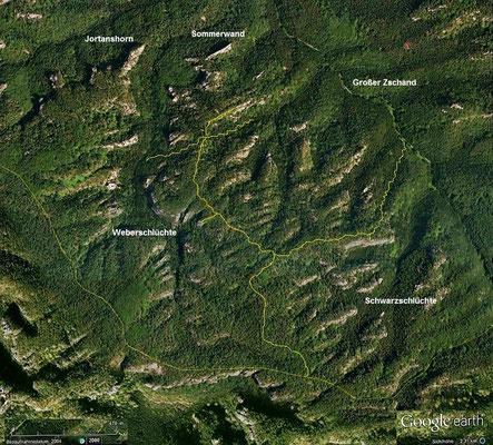 Der Auerhahnsteig führt über die höchsten Stellen der Partschenhörner, Quelle: Google Earth