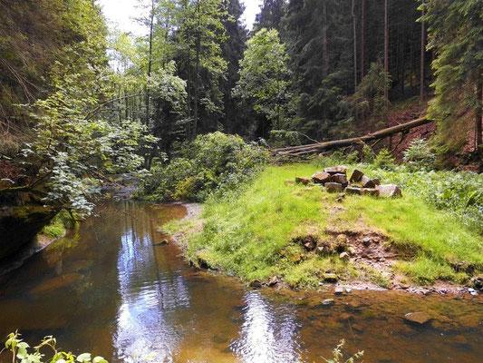 Stelle der ehemaligen Brücke 200 Meter unterhalb der Niedermühle