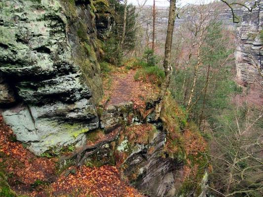 Ehemalige Brücke Nr. 2  mit kurzer Kletterstelle (Skizze)