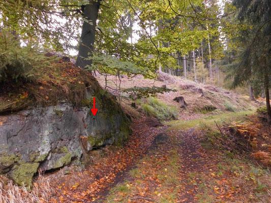 Jahreszahl 1905 am Weg südlich vom Bittler/Pytlak