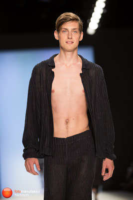 Mercedes Benz Fashionweek - Runway Shows - Julian Zigerli