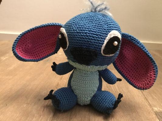 Stitch. 30 cm, 50 CHF
