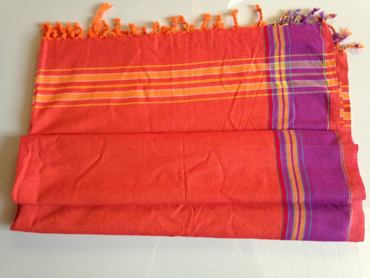 3. typical Ugandan scarf, 165 cm x 105 cm, orange with purple borders, cotton, 30,-CHF
