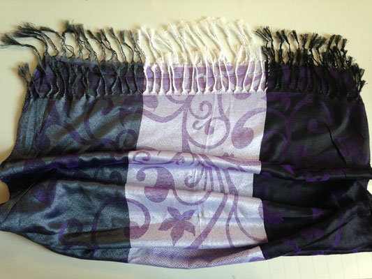 12. 162 cm x 72 cm, black and light purple with flower stripes, cotton, 25,- CHF