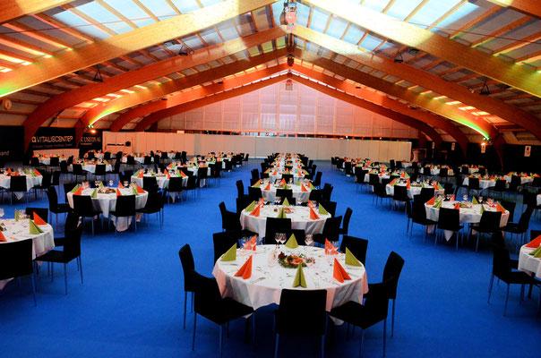 die Halle ist bereit für die Gäste