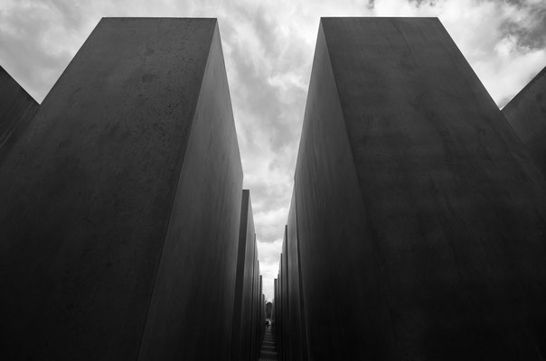 Berlin_April 2016_ Holocaust Mahnmal  All images: © Klaus Heuermann