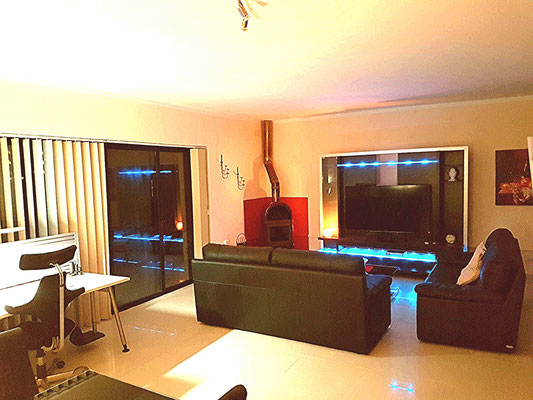 XXL TV and Surround System, light function