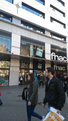 Primera parada... l'FNAC!