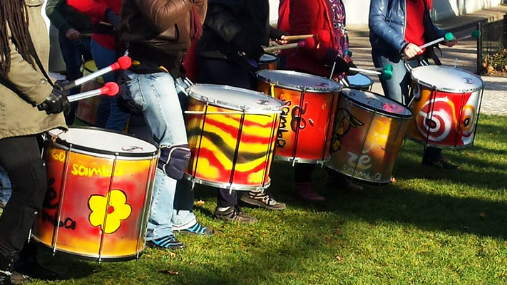 Batucada Zé Samba au Téléthon de Saint-Ouen