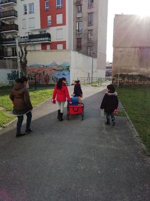 On transporte le matériel