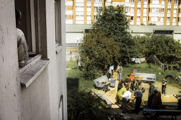Construction avec les Robins des Villes et le foyer ADEF. L'association Robins des Villes encadrait un atelier de construction de mobilier à partir de bois de palette qui servira aux résidents du foyer ADEF pour donner une grande cérémonie du thé.