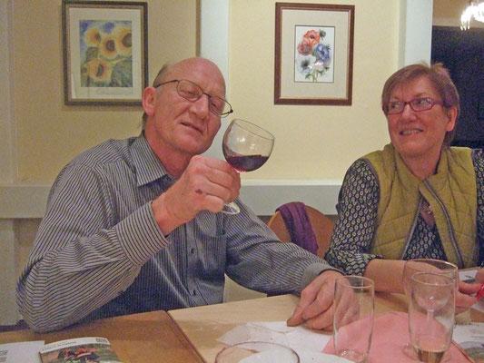 Der Wein wurde kritisch begutachtet