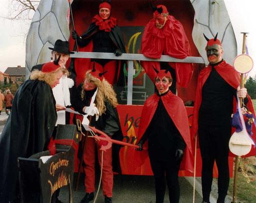 1993 -  Ch-orpheus in der Unterwelt: 'Can - can tanzen wir nur alleine, denn wir haben die schönsten Beine'