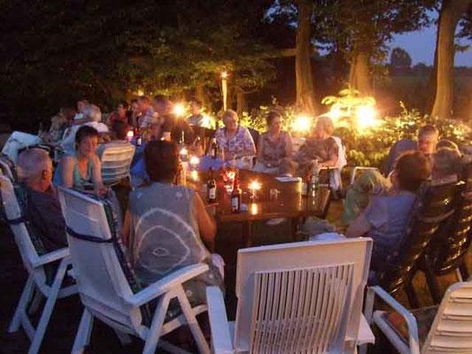 Eine tolle Feier bei herrlichem Wetter bei lieben Gastgebern.