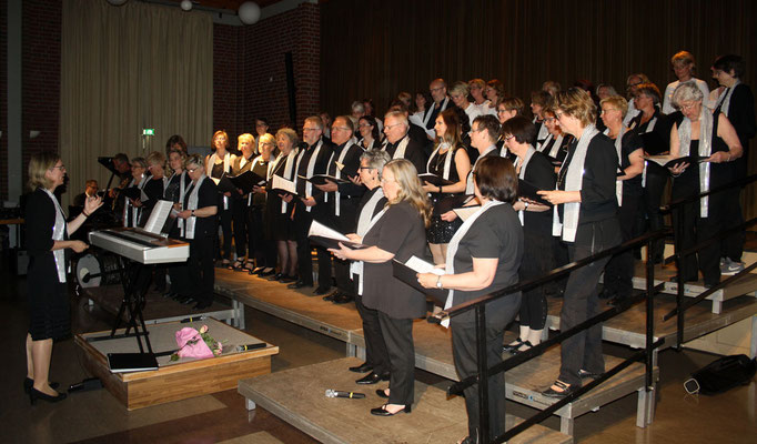 Gemeinsamer Auftritt mit dem Stück 'Hallelujah'