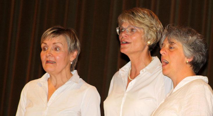 Sängerinnen von Kir Vocal