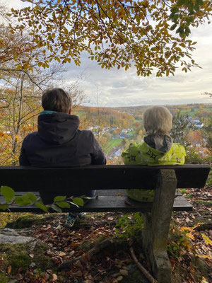 Gesundheitswanderung im Westerwald am Kappanöll oberhalb von Limbach