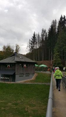 Ein lohnendes Ziel Cafe & Biergarten Wilhelmsteg - Die Waffeln, einfach lecker!