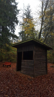 Schutzhütte oberhalb von Gebhardshain