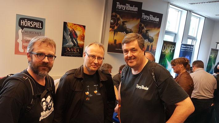 Mit Martin Ingenhoven und Ralf Entz (von links)  – ein gemeinsamer BrühlCon ist bereits in Planung.