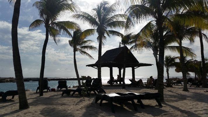 Strand am Lions Dive & Beach Resort