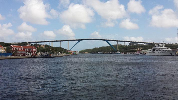 Königin-Juliana-Brücke