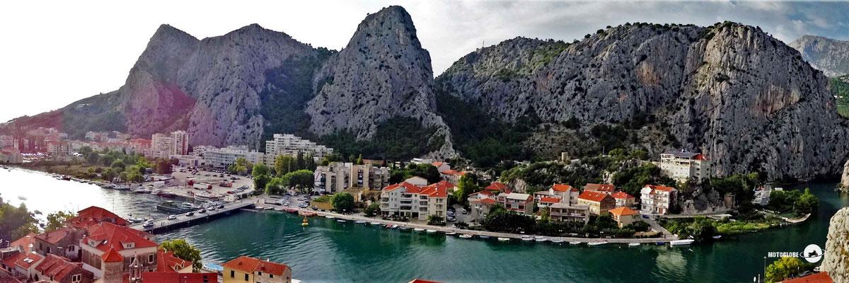 Die Ortschaft Omis