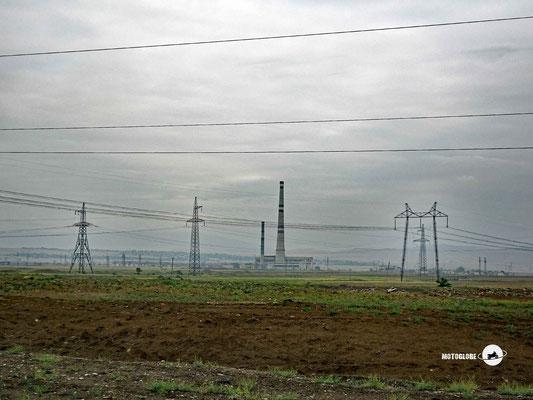 Hinter Rustavi erstreckts ich ein riesiges Industriegebiet