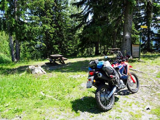 Pause - Motoglobe Motorradtest Honda CRF300Rally