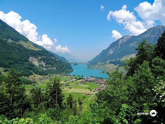 Vom Brünig Pass zum Lungernsee