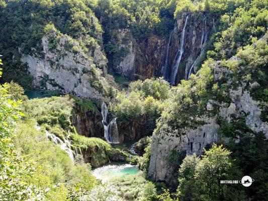 Der grösste Wasserfall im Park