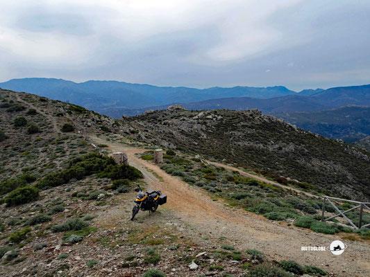 Blick vom Bergspitz des Monte Olinie