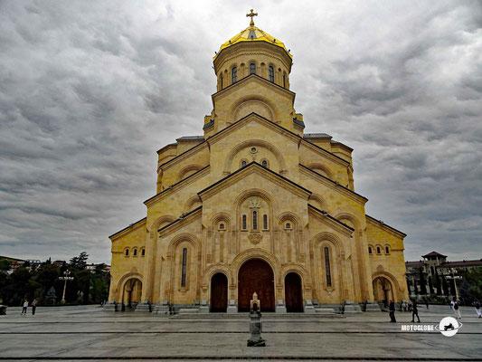 Die imposante Sameba-Kathedrale