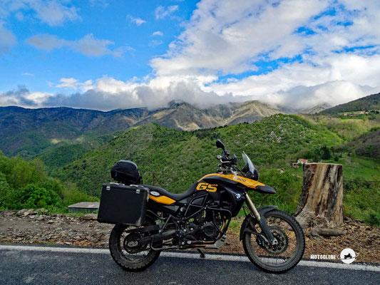 Hinein in die ligurischen Berge