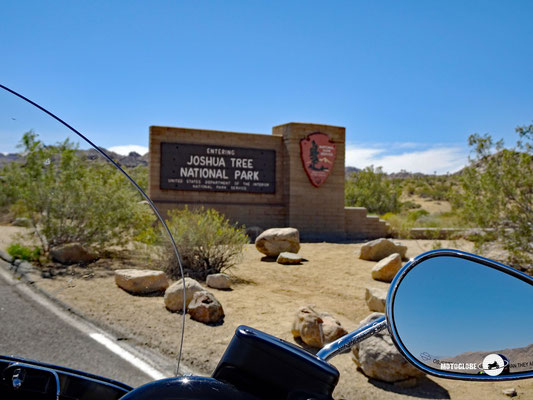 Eintrittsgate Nord in der Ortschaft Yucca Valley