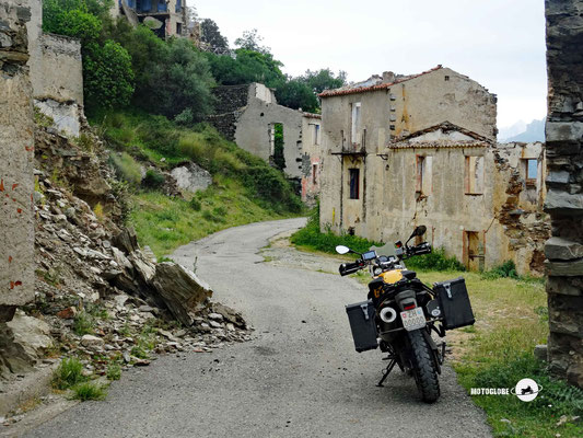 Der alte verlassene Dorfkern von Gairo