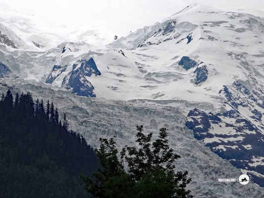 Der Gletscheer Bossons bei Chamonix-Mt-Blanc