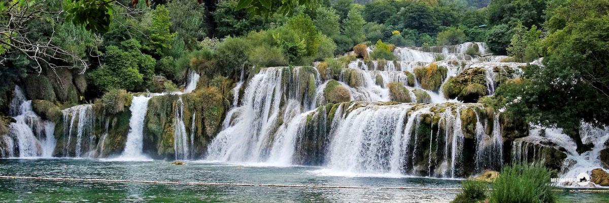 Der Krka NP ist voll mit Wasserfällen