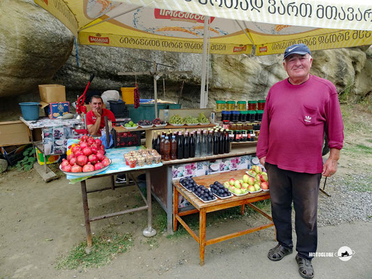 Fliegender Händler von einheimischen Produkten