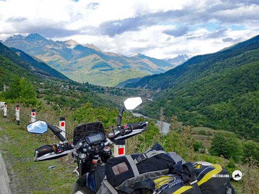Der grosse Kaukasus kommt ins Blickfeld
