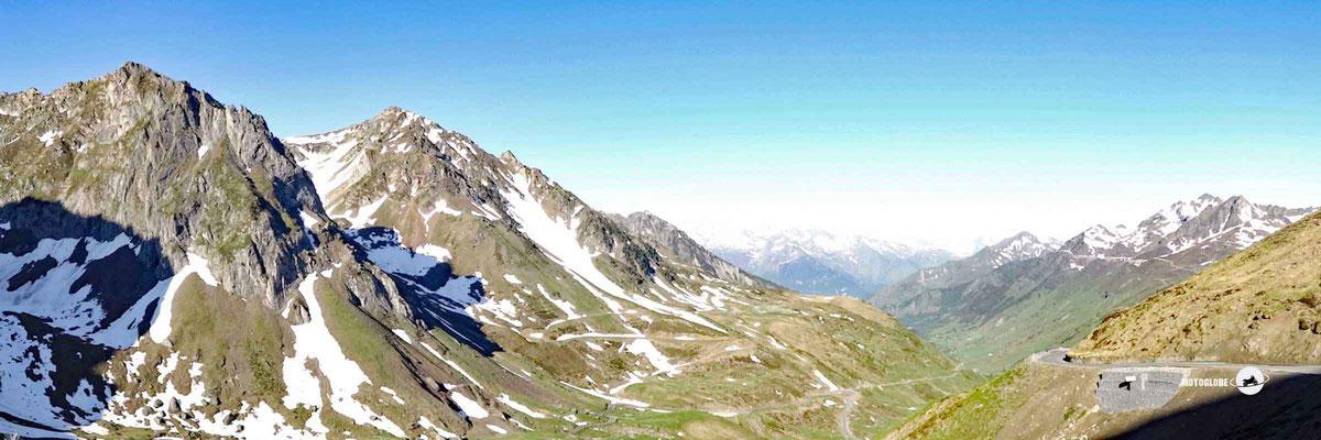 Panorama von der Passhöhe des Col du Tourmalet