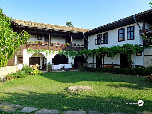 Schön restaurierter Landgasthof in Bulgarien