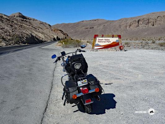 Einfahrt ins Death Valley