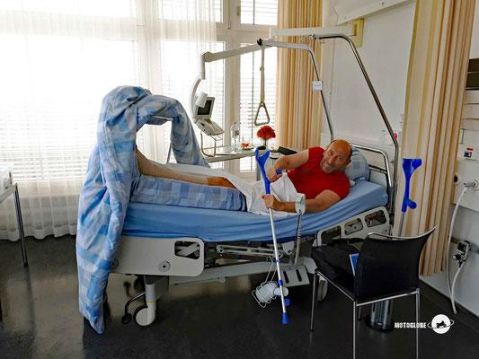 Drei Tage später in Zürich im Spital angekommen und warten auf die OP