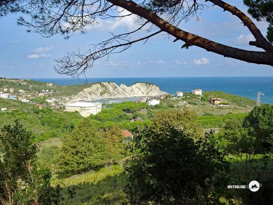 Erste Kurven entlang der türkischen Schwarzmeerküste