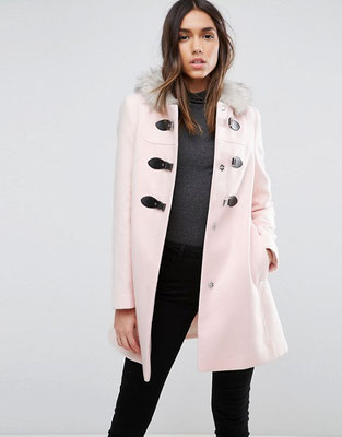 Pastellfarbener Mantel rosa
