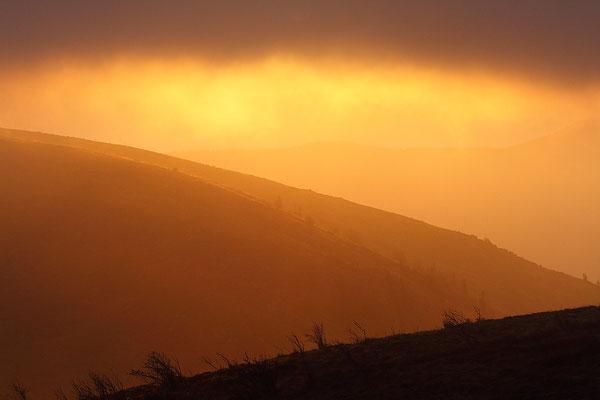 Samedi   12 novembre 2011 Soleil dans la brume au Hhoneck ( Hautes Vosges )